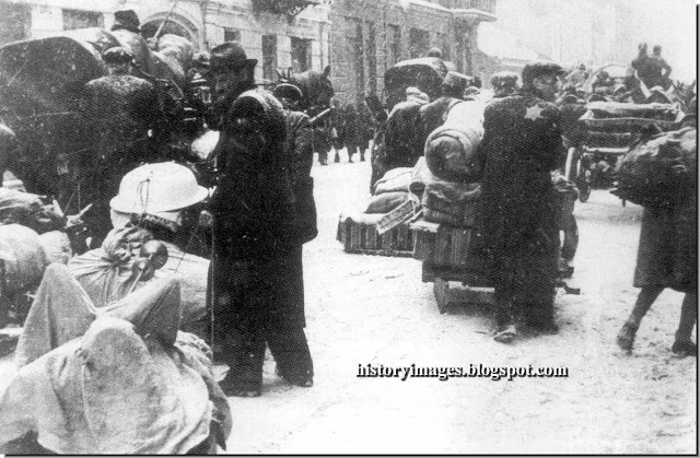 poland-under-german-occupation-ww2-forced-resettlemen-jews-lodz-ghetto-may-1940